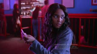 Black Lightning 1x05 Anissa does research about her unexplained strength/Jennifer gets into a fight