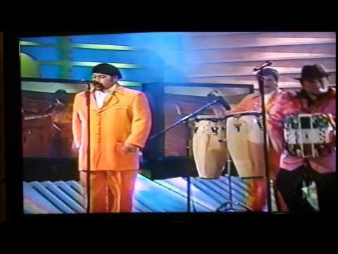 CHON ARAUZA EN TV AZTECA - EL FANTASMA DEL AMOR EN LA VOZ DE HUMBERTO BARBOZA