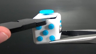 What's inside a Fidget Cube?