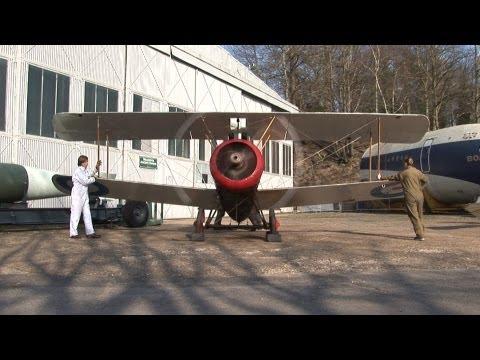 Sopwith Camel engine runs at Brooklands (Running time 6 minutes)