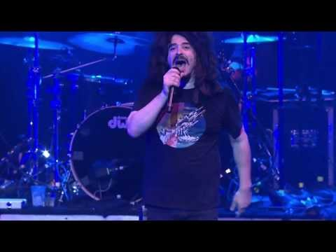 Counting Crows - Round Here - Live At The House - YouTube