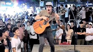 Amazing Fingerstyle Guitar Shred with Beautiful Human Wave [ENG SUB]