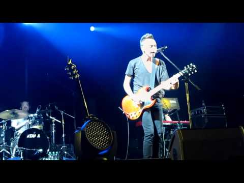 Звери - Никому LIVE (2011, «Arena Moscow» 16 апреля)