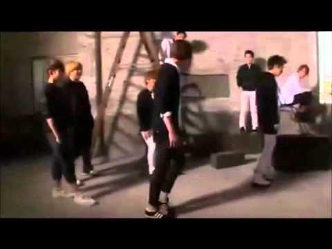 Dorkiest dancing machine -- CHO KYUHYUN