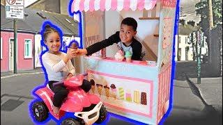 Drive Thru Ice Cream Pretend Play | FamousTubeKIDS