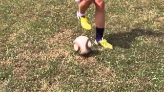 Top 5 kĩ thuật bóng đá dễ học cho người mới học- hướng dẫn