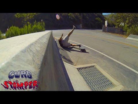 Video VENOM CURB STOMPERS 61mm White Wheel [x4]