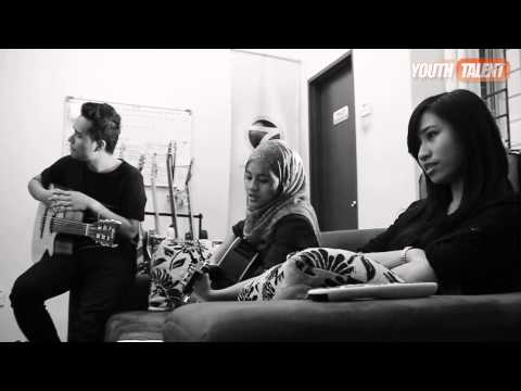 Baixar Anis Bakhtiar feat. Azlia Zarliana - Because You Loved Me | Acoustic Ver.