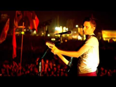Baixar Muse - Interlude + Hysteria live @ Glastonbury 2010
