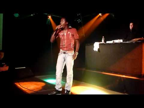 Romain Virgo - Mi Caan Sleep / Live Mi Life / Ghetto [Live] HD