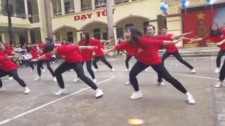 Nhảy Flashmob Ăn Gì Đây Remix học sinh cấp 3