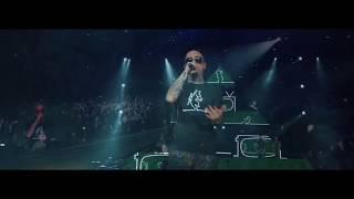 J-AX - L'UOMO COL CAPPELLO - OFFICIAL LIVE VIDEO