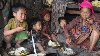 They are poor but happier than rich people ll Cooking organic curry of potatoes,potatoes recipe