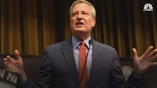 New York City Mayor Bill de Blasio launches presidential campaign