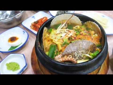 Korean Seafood Soup in Busan ♦ Exploring Haeundae Beach