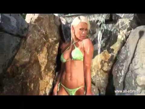 bikini allstars mav jpg 1152x768