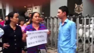 Ngân hàng Vietcombank quỵt tiền của khách hàng