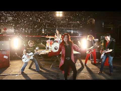 Baixar Jayne Denham - Addicted To The Diesel (Official Music Video)