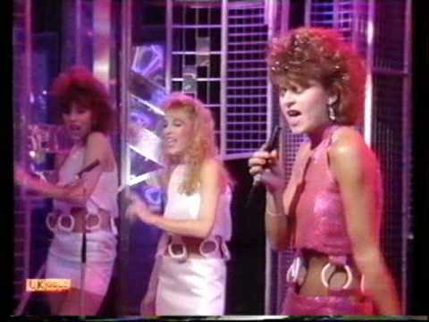 Tracey Ullman - They Don't Know - TOTP 1983