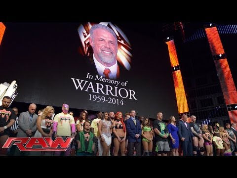 Hommage à l\'Ultimate Warrior - Raw 14 avril 2014
