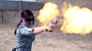 Shooting S&W 500 Magnum One Handed - SLOW MOTION