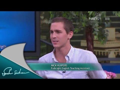 Nick dan Jeremy mengajar bahasa Inggris di pelosok Indonesia