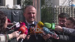 Soreca takohet me Bashën | ABC News Albania