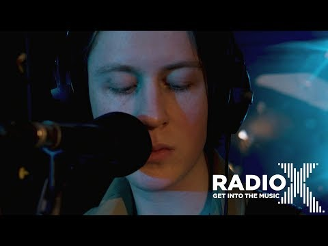 Blossoms - I Can't Stand It   Radio X Session