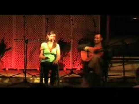 Patricia del Rio canta sevillanas en Castilleja de la Cuesta