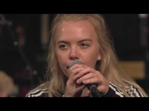 Dream Wife - Fire (Live on KEXP)
