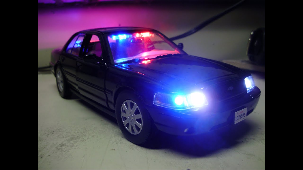 Emergency Strobe Lights >> Custom 24th scale black CROWN VIC P71 unmarked police diecast with working lights - YouTube