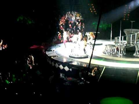 Baixar Pussycat Dolls-Jai Ho Circus Tour Anaheim