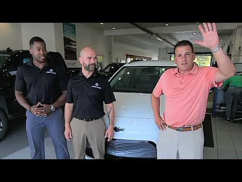 Current Dealers, a company that provides solutions for electric vehicle charging and solar power is starting off on the right foot in showing its commitment to sustainability. This week, owners Will McCoy and Sal Estrada purchased their first fleet vehicle, a Chevrolet Bolt EUV from Heidebreicht Chevrolet in Romeo, Michigan.