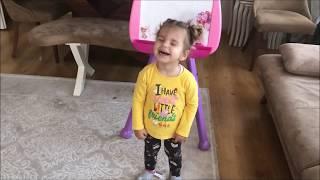Melisa nın barbie yazı tahtası | Eğlenceli çocuk videosu | toys and fun | learn colors with