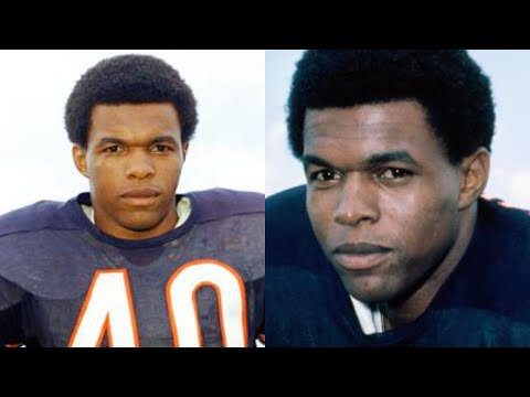 Sad News, Hall Of Fame NFL Baller Gale Sayers Passes Away At Age 77 Because Of This...