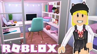 Tiny Home Tour! Roblox: Welcome to Bloxburg [BETA] ~ Fall Time