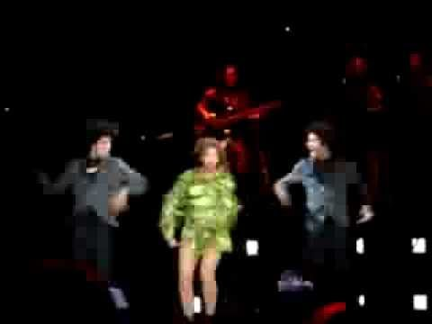 Made In America 2013 Concert - Beyonce and Les Twins performing