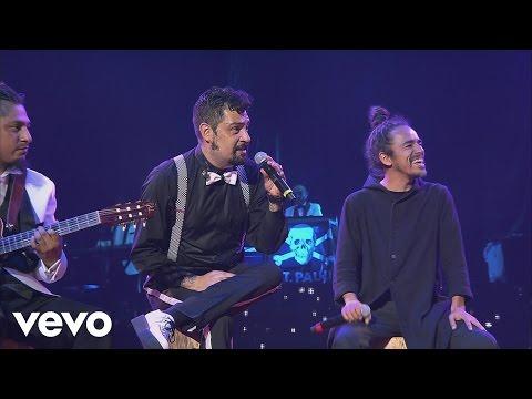 Panteón Rococó - Fugaz (En Vivo) ft. Rubén Albarrán