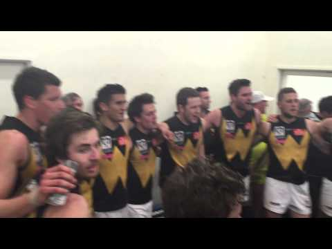 Rd 19 v Williamstown Snrs - Players Sing the Song