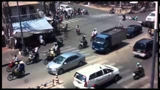 Tổng hợp những tai nạn giao thông chỉ có ở Việt Nam