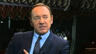 Kevin Spacey nails Bill Clinton impression 12.04.15