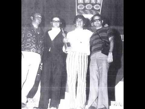 TAMARINDO - GUSTAVO QUINTERO con Los Graduados , en vivo 1970