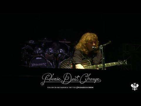 Megadeth w/ Cristina Scabbia Lacuna Coil  'A Tout Le Monde'