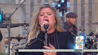 Kelly Clarkson - Move You (The Today Show)
