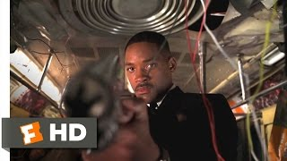 Men in Black II - Jeff the 600 Foot Worm Scene (1/10) | Movieclips