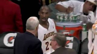 Kobe Bryant gets angry at Phil Jackson for calling Timeout!!