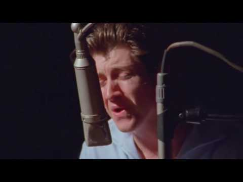 The Last Shadow Puppets - Everything You've Come To Expect - Live in VOX Studios, L.A. (HD)