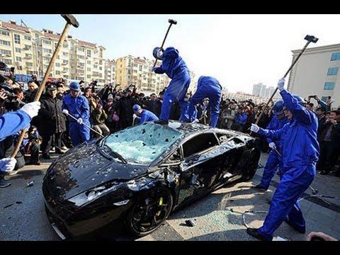 Détruire une Lamborghini en 5 minutes