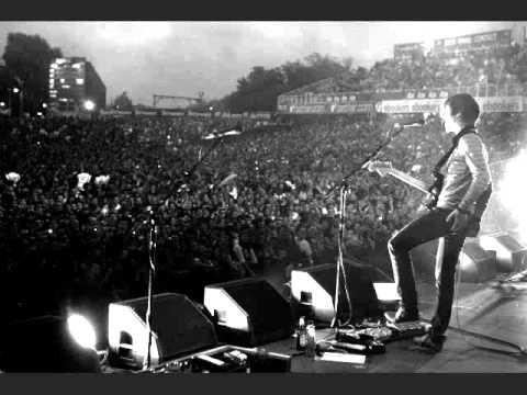 Arctic Monkeys - Plastic Tramp [live @ LCCC, Manchester, UK 29 July 2007](audio)