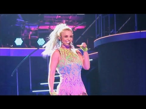 Britney Spears - Pretty Girls Live From Las Vegas (Piece Of Me Show)